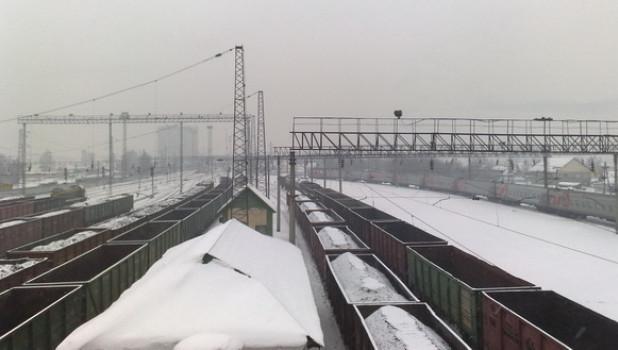 Железная дорога зимой.