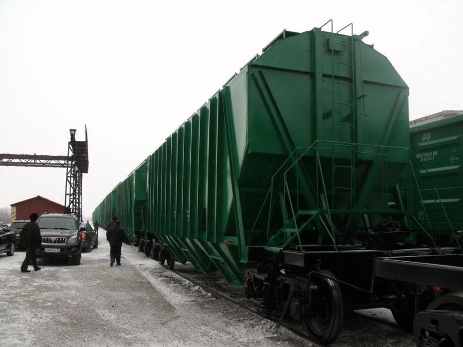 Барнаульский ВРЗ выпустил первую партию вагонов-хопперов.