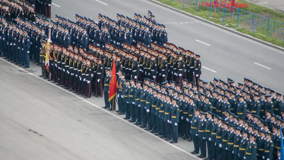 Парад на День Победы в Барнауле. 9 мая 2014 года