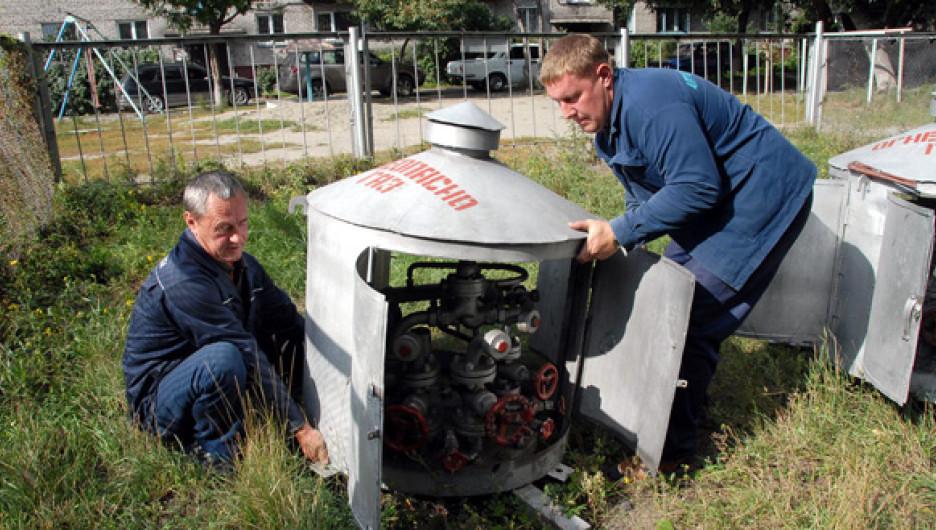 2,5 года власти и газовики не могут прийти к согласию, сколько реально потребляют сжиженного газа жители края. В итоге – пустые газовые резервуары.