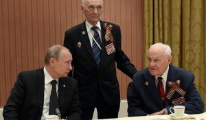 Владимир Путин встретился с российскими ветеранами – участниками Великой Отечественной войны. Уистерам, 6 июня 2014 года.