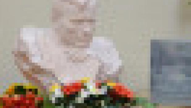 Президенту России подарили книгу рассказов Василия Шукшина для детей, изданную в Алтайском крае.