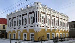 В Барнауле выставлен на продажу старинный особняк.