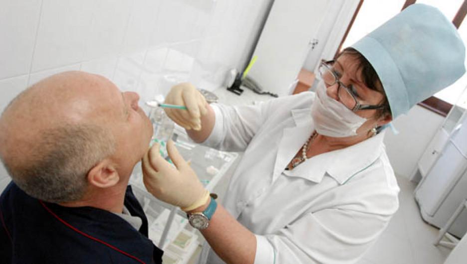 """В Алтайском крае прививают против """"свиного"""" гриппа."""