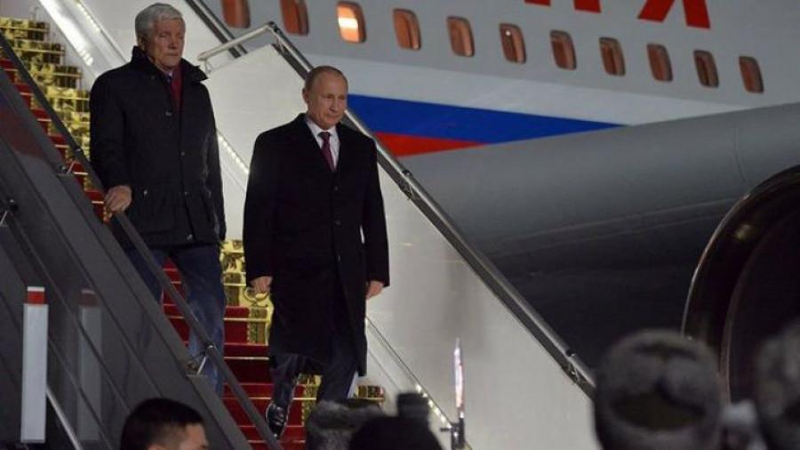 Александр Суриков и Владимир Путин.