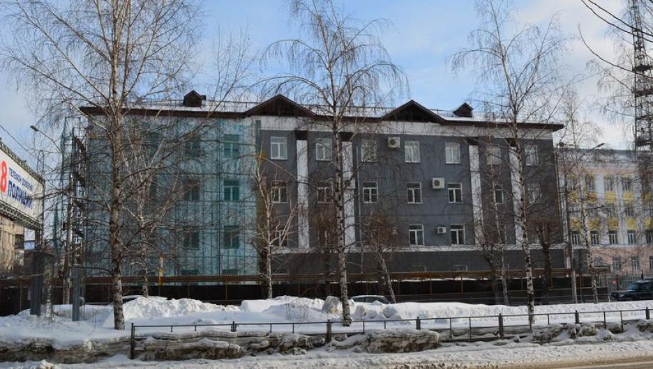 Ремонт здания Арбитражного суда.