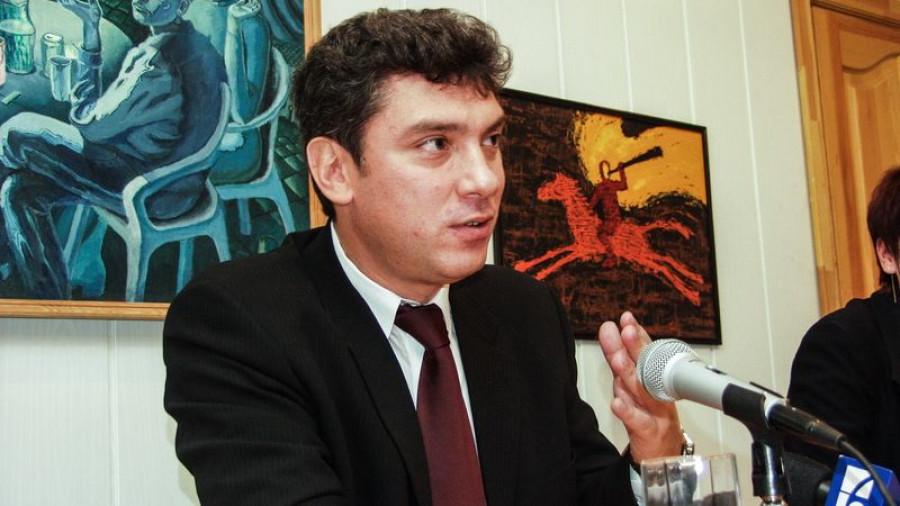 Борис Немцов в Барнауле осенью 2003 года.