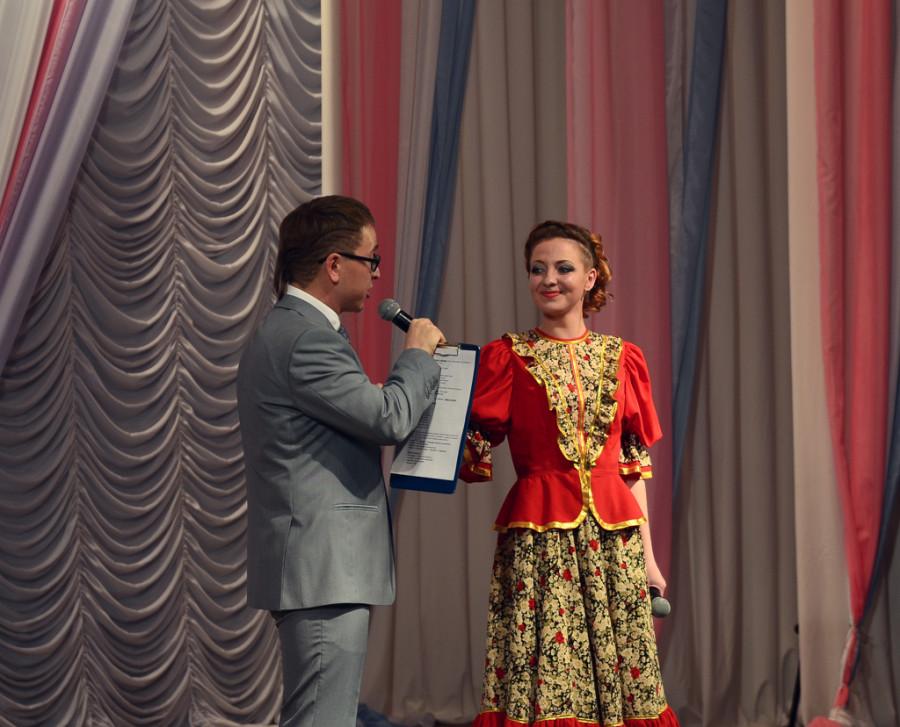 """Юлия Останина стала """"Королевой в погонах""""."""