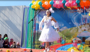 """Конкурс красоты """"Мисс Наурыз Аруы-2015"""" в Кош-Агаче."""