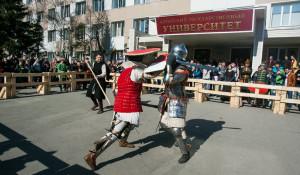 Рыцарские бои в Барнауле. 18 апреля 2015 года.
