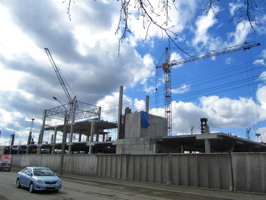 """Строительство """"Галактики"""" в Барнауле."""