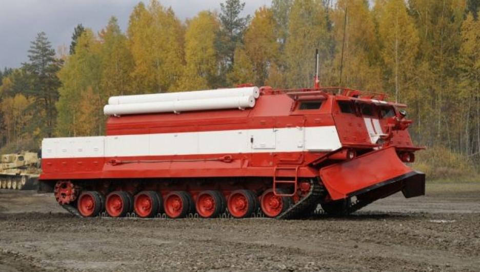 Омская пожарная машина принята на снабжение ВС РФ