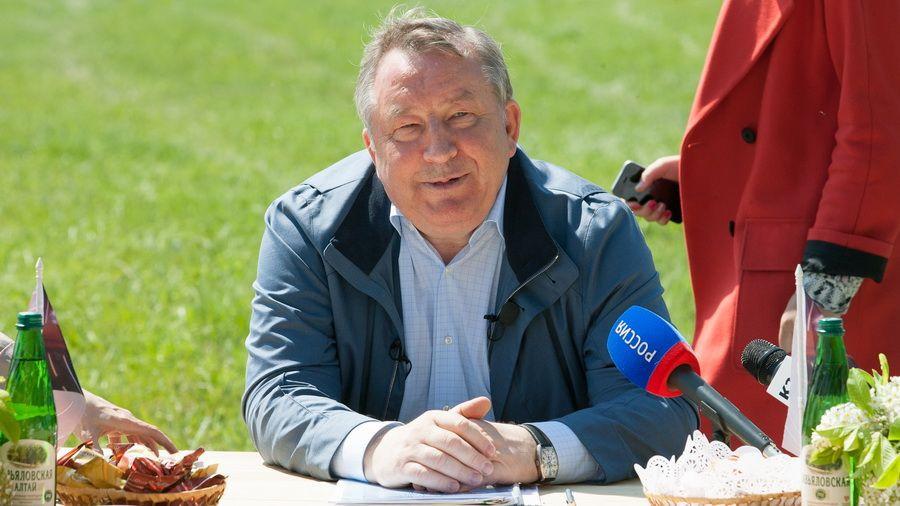 Александр Карлин рассказал, сколько еще господдержки получит Алтайский край