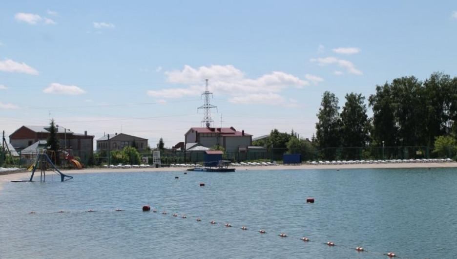 """В Барнауле пляж """"Солнечный"""" проверили перед открытием."""