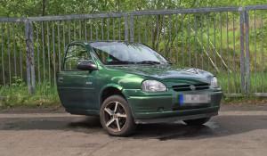 Немец разделил автомобиль пополам после развода