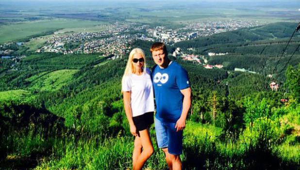 Боксер Александр Поветкин с женой побывал в Белокурихе.