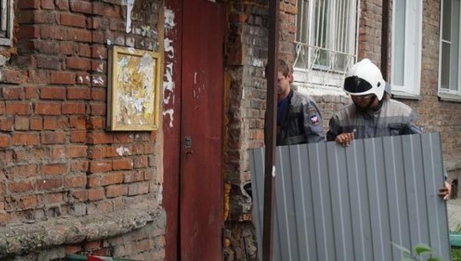 В Бийске разваливается жилой дом.