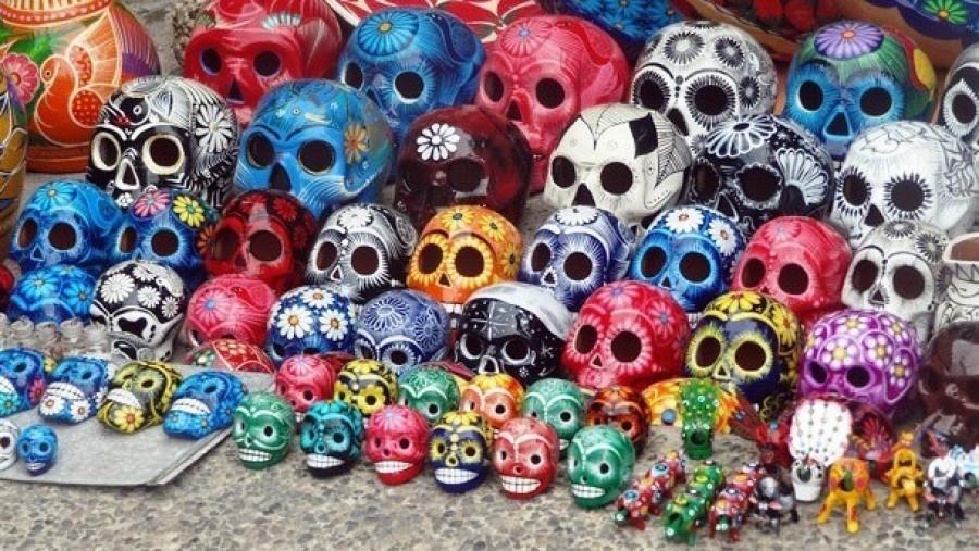 Декорированные черепа, Мексика.