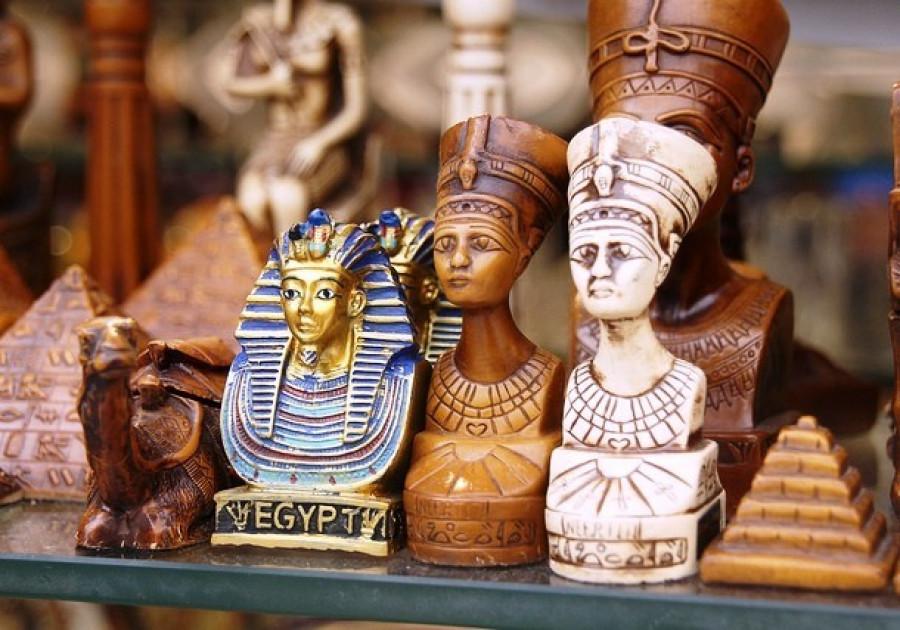 Статуэтки фараона, Египет.