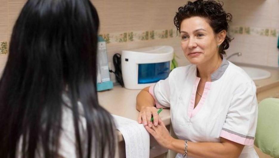 """Процедура биорепарации, как отмечает главврач центра эстетической медицины """"Лагуна"""", предназначена для увлажнения глубоких слоев поврежденной ультрафиолетом кожи."""