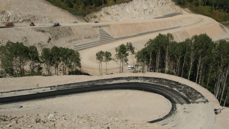 """Строительство дороги до """"Белокурихи-2""""."""