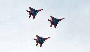 "В Барнаул прилетели ""Стрижи"". 2 сентября 2015."