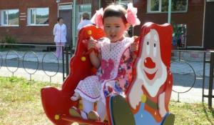 В Манжероке фонд Натальи Водяновой построил игровую площадку для Дома ребенка.