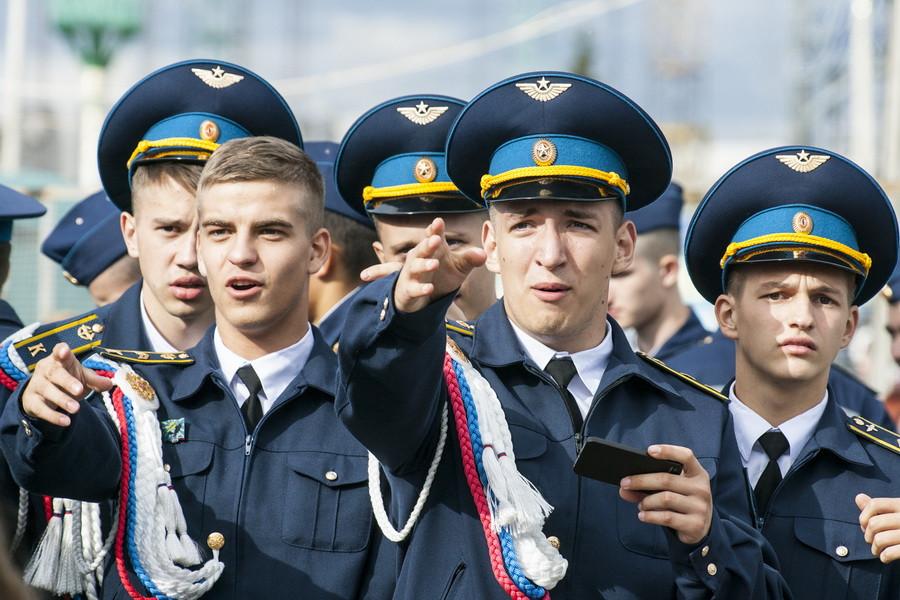 """Генеральная репетиция """"Стрижей"""" на речном вокзале. Барнаул, 4 сентября 2015 года."""