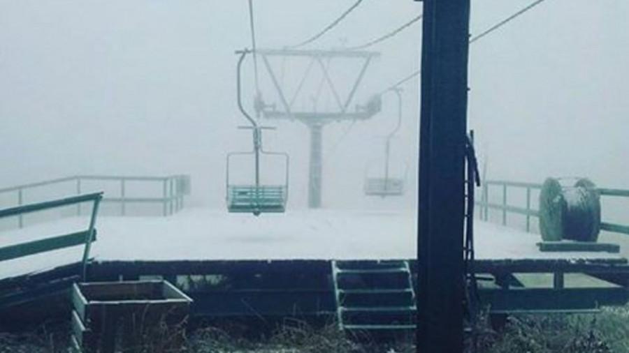 В Шерегеше выпал первый снег.
