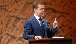 Дмитрий Медведев в Барнауле в 2009 году.