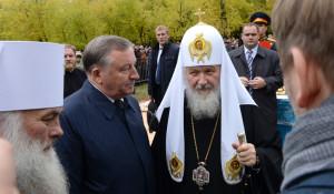 Патриарх Кирилл освятил камень будущего кафедрального собора в Барнауле 21 сентября 2015 года.