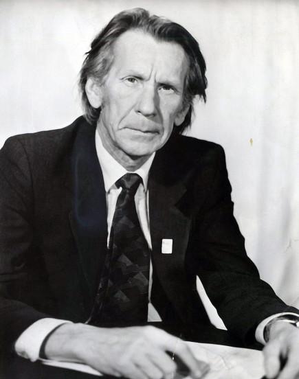 Виктор Казаринов.