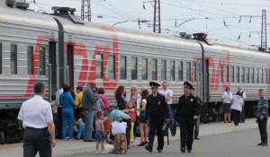 """Поезд """"Барнаул-Абакан""""."""