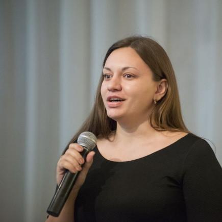 Мирра Гладкова.