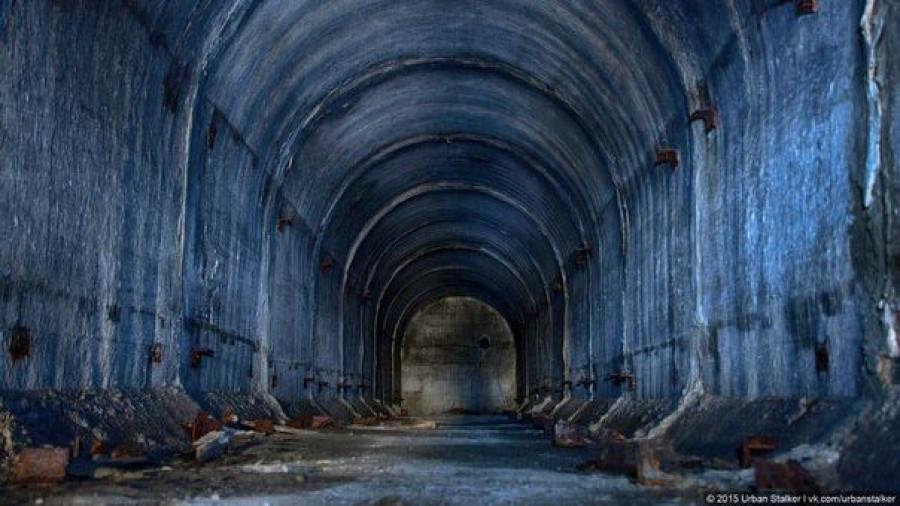 Бомбоубежище на территории сереброплавильного завода.