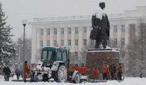 Уборка снега, администрация Алтайского края.