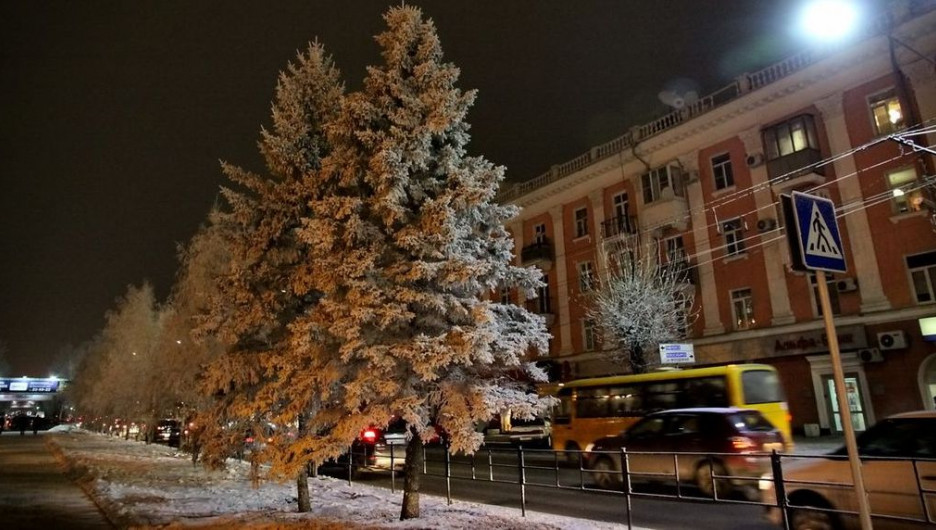 Проспект Ленина в Барнауле. Пешеходный переход. Зима в Барнауле.
