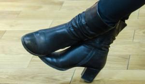 Сапоги, женская обувь.