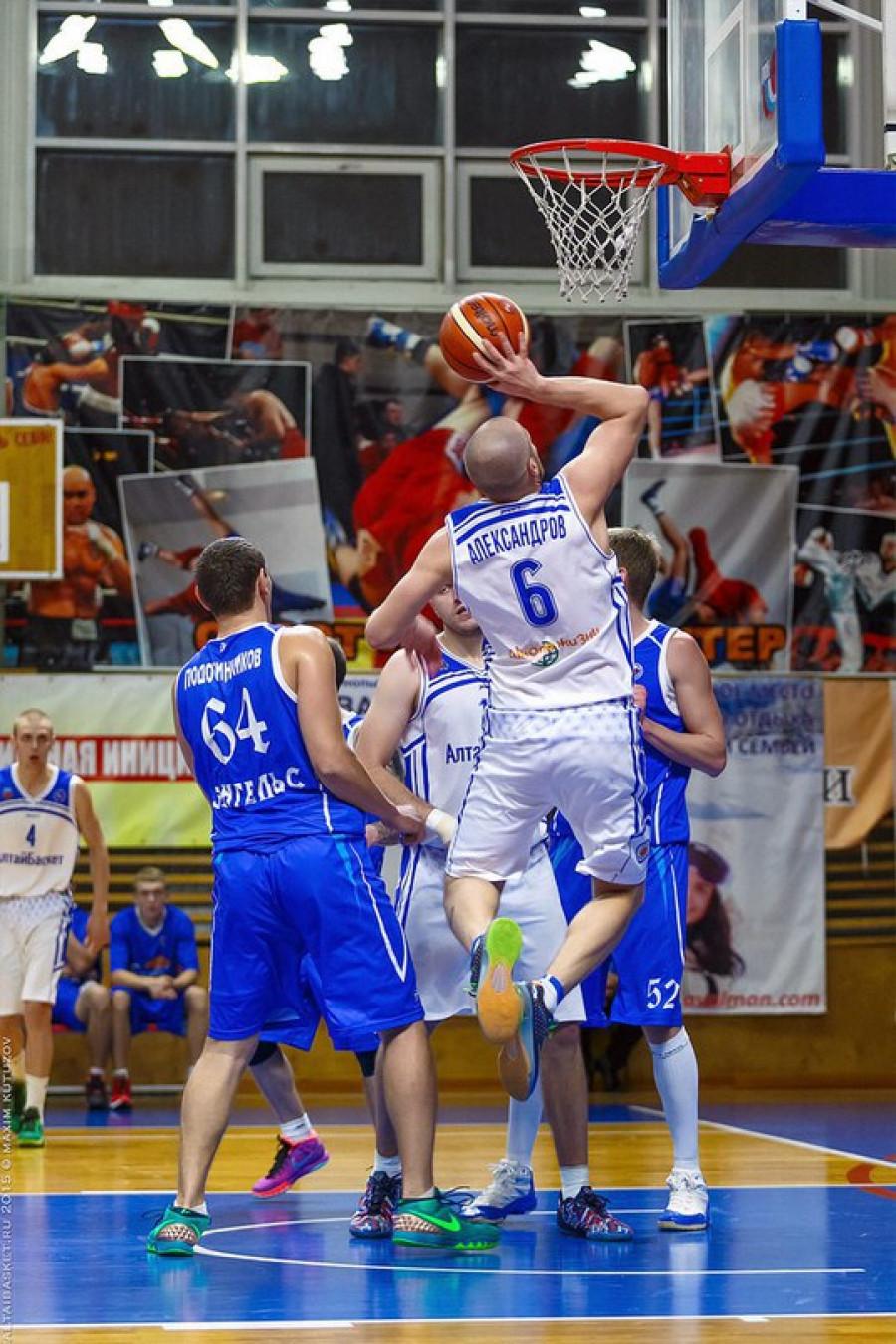 Илья Александров.