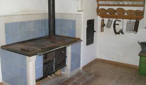 Печка, частный дом.