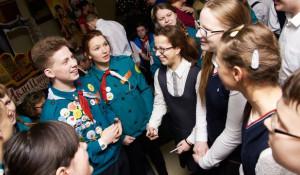 Школьники Алтайского края и Омска представили уникальный проект для незрячих сверстников.