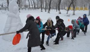 Открытие снежного городка в парке ВРЗ.