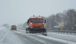 Очистка трасс в Алтайском крае.