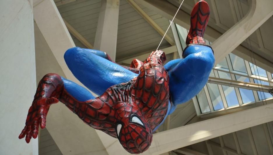 """Человек-паук""."