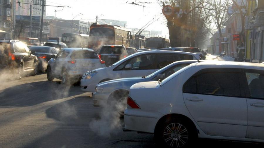 Автомобили в Барнауле. Пробка.