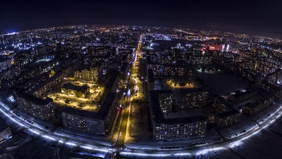 Ночная панорама Индустриального района.