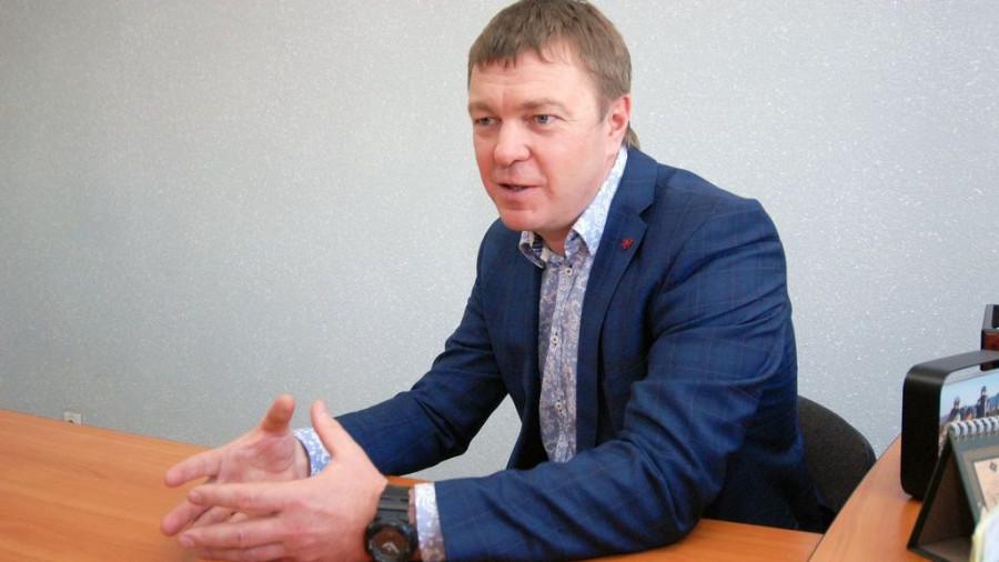 """Андрей Лазарев, руководитель завода """"Алтайтара""""."""
