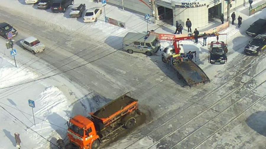 Эвакуация автомобиля после ДТП.