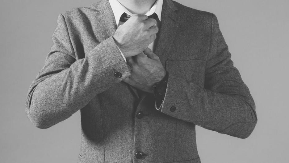 Мужчина, галстук, костюм.