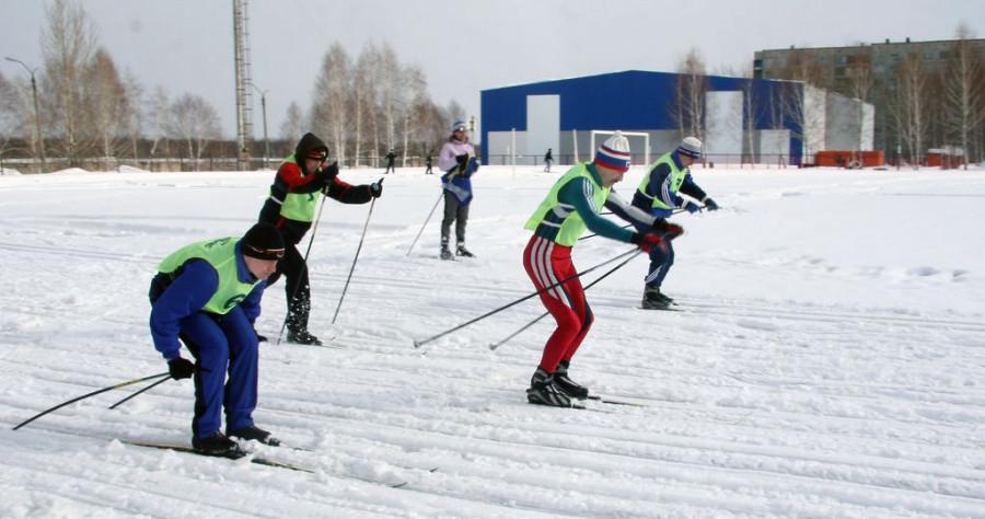 Лыжные гонки.